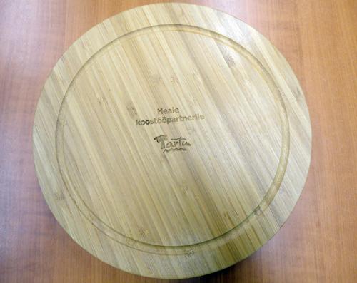 Lasergraveering bambusest lõikelaual